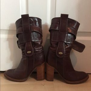 Chloe Brown Boots Size 7.5